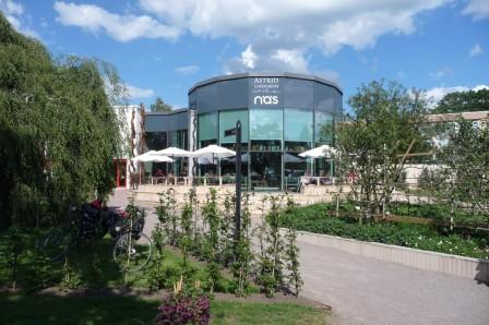 Besøg den hyggelige café på Näs. (Foto: JayJay)